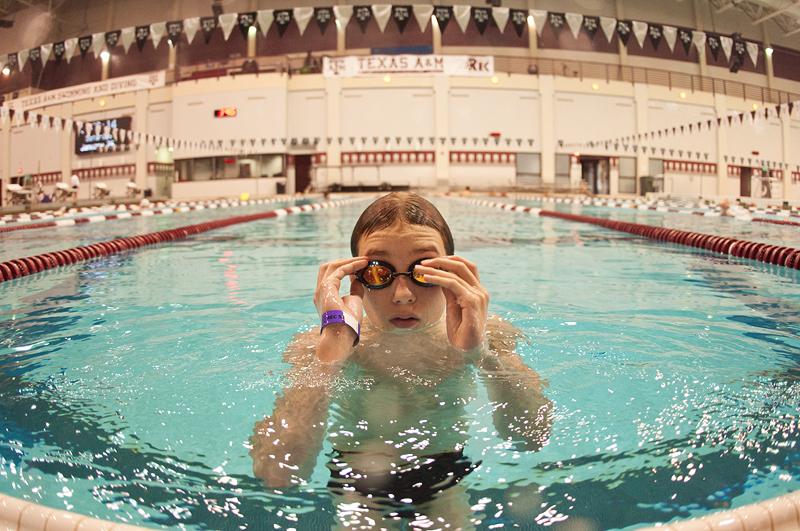 HJ swimming